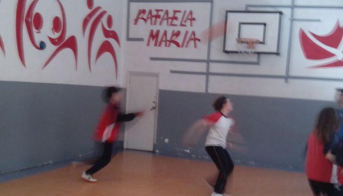 Deporte en el colegio Rafaela María de Valladolid