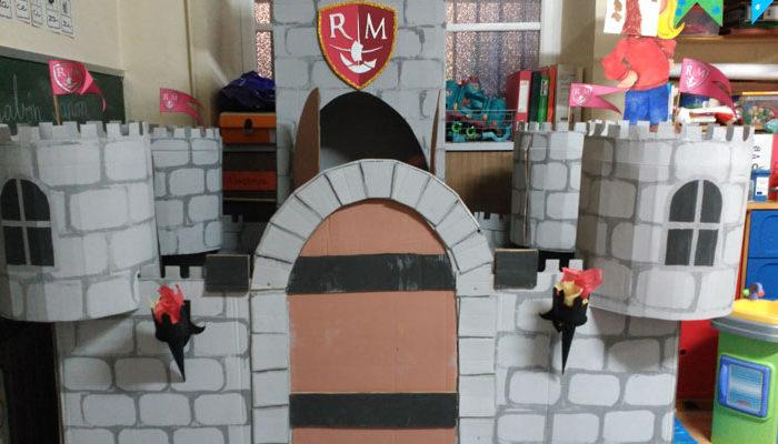 Magnífico castillo en el aula de 3º de Infantil