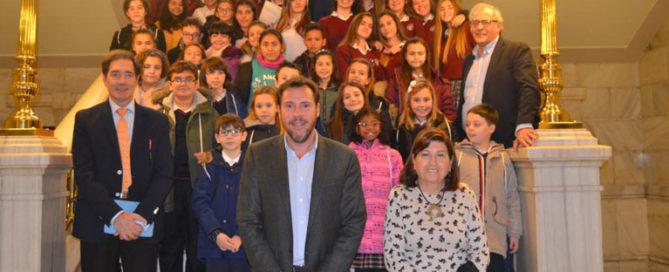 Celebración escolar del Día de la Constitución del Colegio Rafaela María