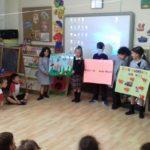 Los alumnos y alumnas de Valores de 1º de primaria han expuesto un trabajo en distintas clases del Colegio