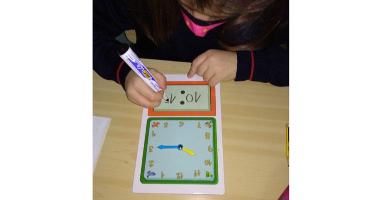 relojes_diversidad_colegio_centro_valladolid