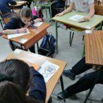 Los alumnos y alumnas de 5º de primaria del Colegio Rafaela María reflexionan sobre la violencia de género empleando cuentos tradicionales.