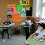 Los alumnos y alumnas de 5º de primaria del Colegio Rafaela María de Valladolid repasan Naturales jugando.
